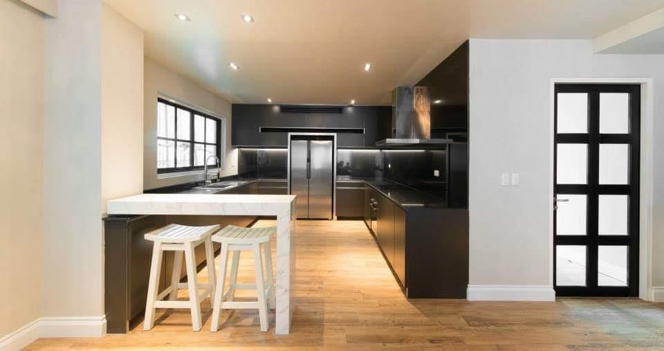 Professional Designed Three Bedroom Duplex for Rent in Ekkamai-11