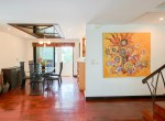Residential-three-bedroom-townhouse-for-rent-in-phromphong-5