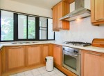 Residential-three-bedroom-townhouse-for-rent-in-phromphong-6