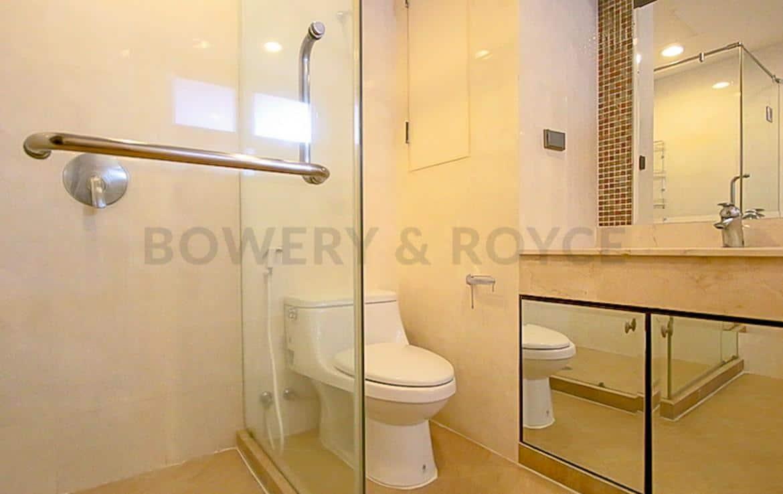 Spacious Three Bedroom Condo for Rent in Asoke