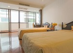 Spacious-Three-Bedroom-Condo-for-Rent-in-Asoke-18-third-bedroom