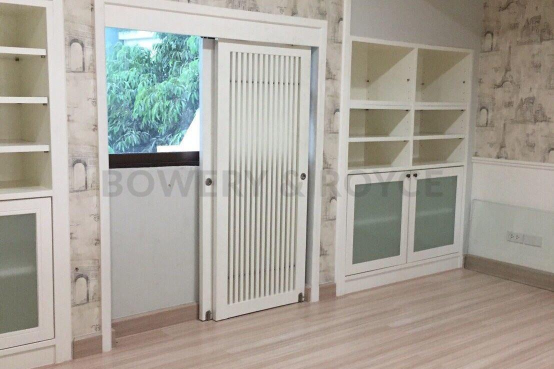 Spacious-three-bedroom-townhouse-for-sale-and-for-rent-in-ThongLor-13