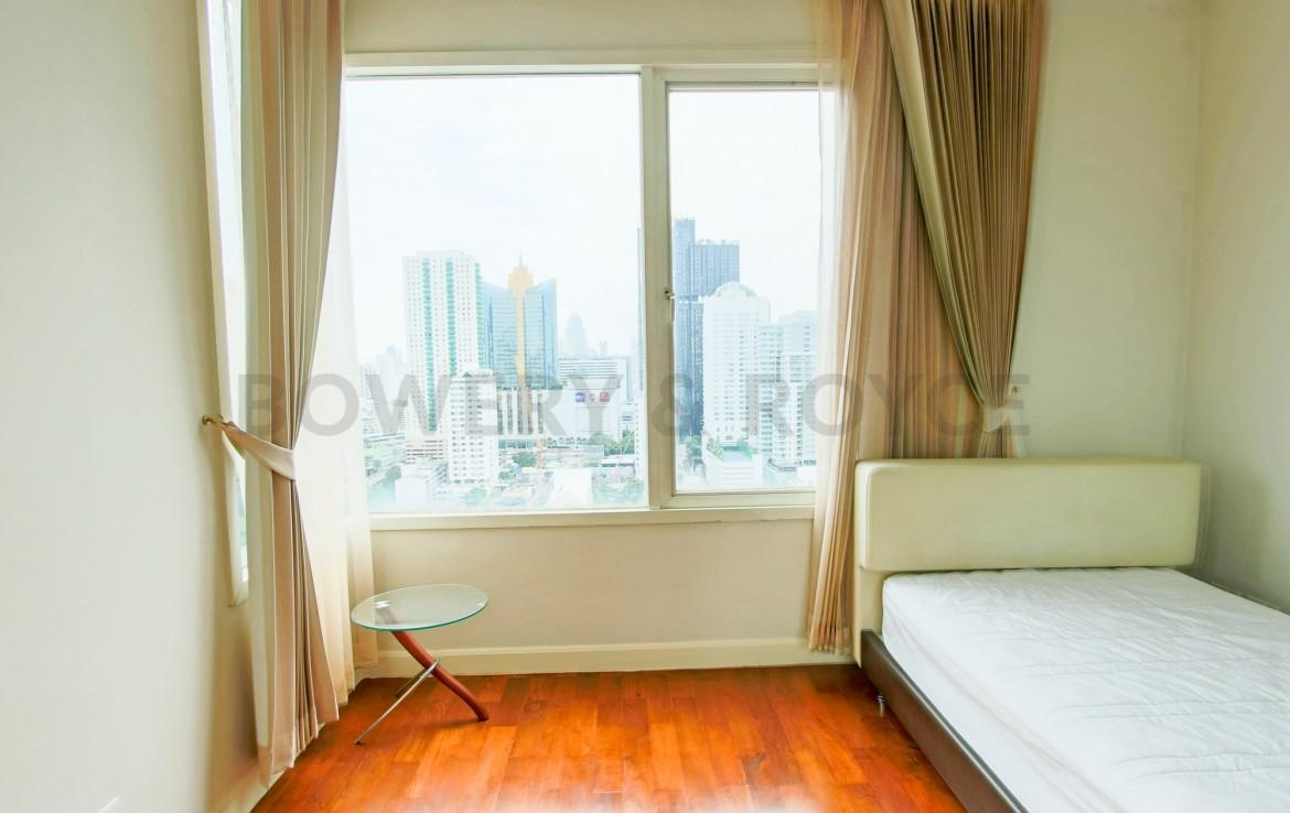 Spacious Two Bedroom Condo for Rent in Phrom Phong