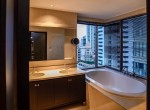 Stunning Three Bedroom Condo for Rent in Phrom Phong-11