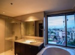 Stunning-Three-Bedroom-Condo-for-Rent-in-Phrom-Phong-12-800x460