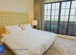 Tranquil-Lofty-Two-Bedroom-Condo-with-Private-Garden-for-Rent-in-Ekkamai-11-daytime