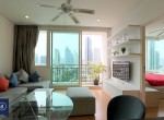 Well-Loved-One-Bedroom-Condo-for-Rent-in-Asoke-1-1024x683