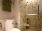 beautiful-two-bedroom-condo-for-rent-in-Ekkamai-10