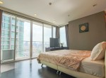 beautiful-two-bedroom-condo-for-rent-in-phrakhanong-10-1