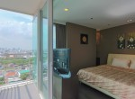beautiful-two-bedroom-condo-for-rent-in-phrakhanong-11-1
