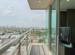 beautiful-two-bedroom-condo-for-rent-in-phrakhanong-12-1