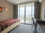 beautiful-two-bedroom-condo-for-rent-in-phrakhanong-15-1
