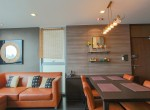 beautiful-two-bedroom-condo-for-rent-in-phrakhanong-5-1