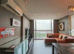 beautiful-two-bedroom-condo-for-rent-in-phrakhanong-7-1