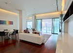 beautiful-two-bedroom-condo-with-pool-for-rent-in-phromphong-4