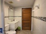 cozy-three-bedroom-condo-for-rent-in-phromphong-12