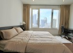 desirable-two-bedroom-condo-for-rent-in-Phromphong-5