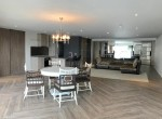 expansive-four-bedroom-condo-for-rent-in-phrom-phong-4