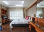 immaculate-three-bedroom-condo-for-rent-in-ekkamai-7-1024x682