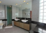 large-three-bedroom-plus-maid-condo-for-rent-in-Phra-Khanong-11