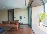 large-two-bedroom-apartment-for-rent-in-Ekkamai-00-1024x682