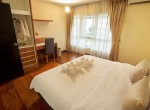 large-two-bedroom-apartment-rent-ekkamai-4