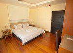 large-two-bedroom-apartment-rent-ekkamai-5