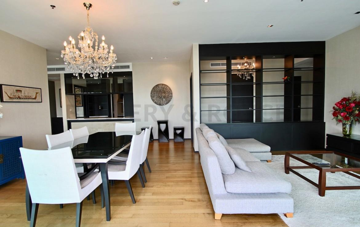 Masterful Design Three Bedroom Condo for Rent in Phrom Phong