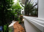 modern-detached-house-four-bedroom-for-rent-in-phromphong-4