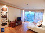 modern-one-bedroom-condo-for-rent-in-asoke-3