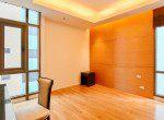 modern-three-bedroom-plus-maid-quarter-condo-rent-thong-lor-18