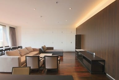 Panoramic Four Bedroom Condo for Rent in Phrom Phong