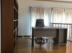 spacious-four-bedroom-plus-maid-townhouse-for-rent-in-Thong-Lor-11