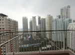 spacious-two-bedroom-condo-for-rent-in-Phrom-Phong-15-1