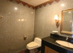spacious-two-bedroom-condo-for-rent-in-Thong-lor-12