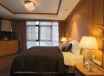 spacious-two-bedroom-condo-for-rent-in-Thong-lor-6