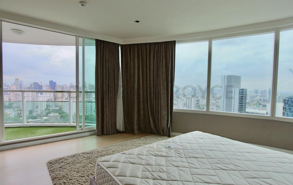 Stunning Views Three Bedroom Condo for Rent in Thong Lor