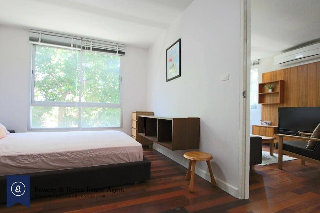 Well-Kept One Bedroom Condo for Rent and for Sale in Thong Lor