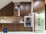 Bargain-Five-Bedroom-Townhouse-for-Sale-in-Ekkamai-12