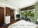 Bargain-Five-Bedroom-Townhouse-for-Sale-in-Ekkamai-15