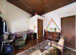 Bargain-Five-Bedroom-Townhouse-for-Sale-in-Ekkamai-19