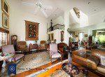 Bargain-Five-Bedroom-Townhouse-for-Sale-in-Ekkamai-4