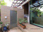 Bargain-Five-Bedroom-Townhouse-for-Sale-in-Ekkamai-8