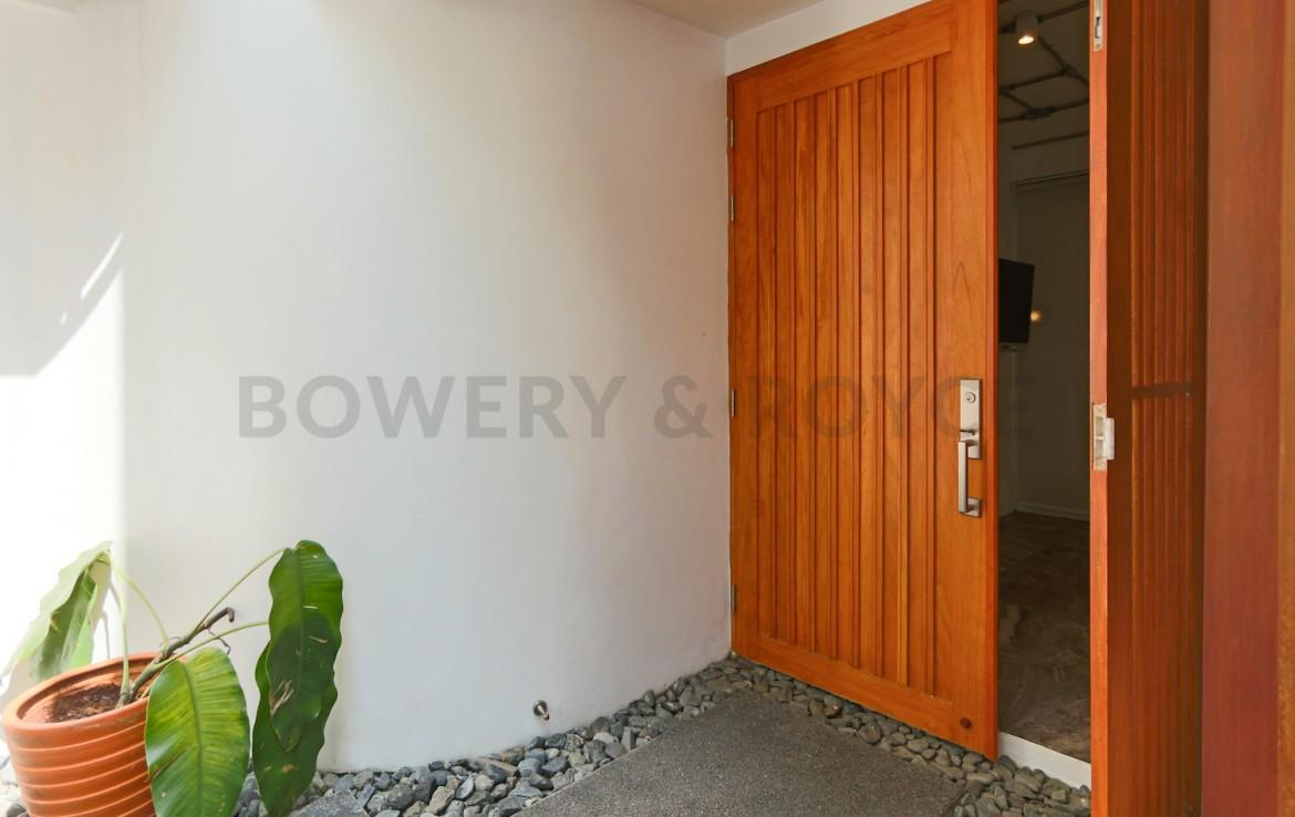 Beautiful Five Bedroom Detached House for Rent in Ekkamai