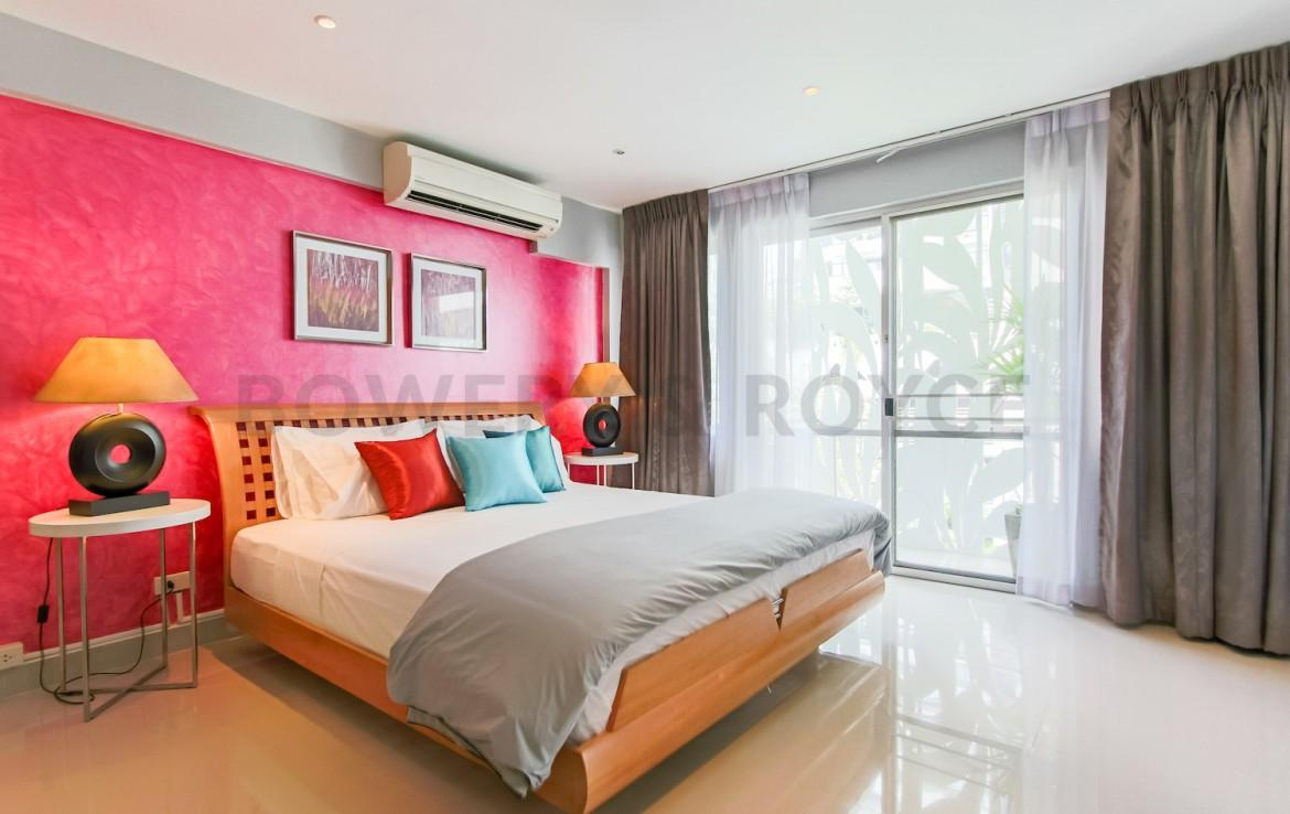 Desirable Two Bedroom Condo for Rent in Thong Lor