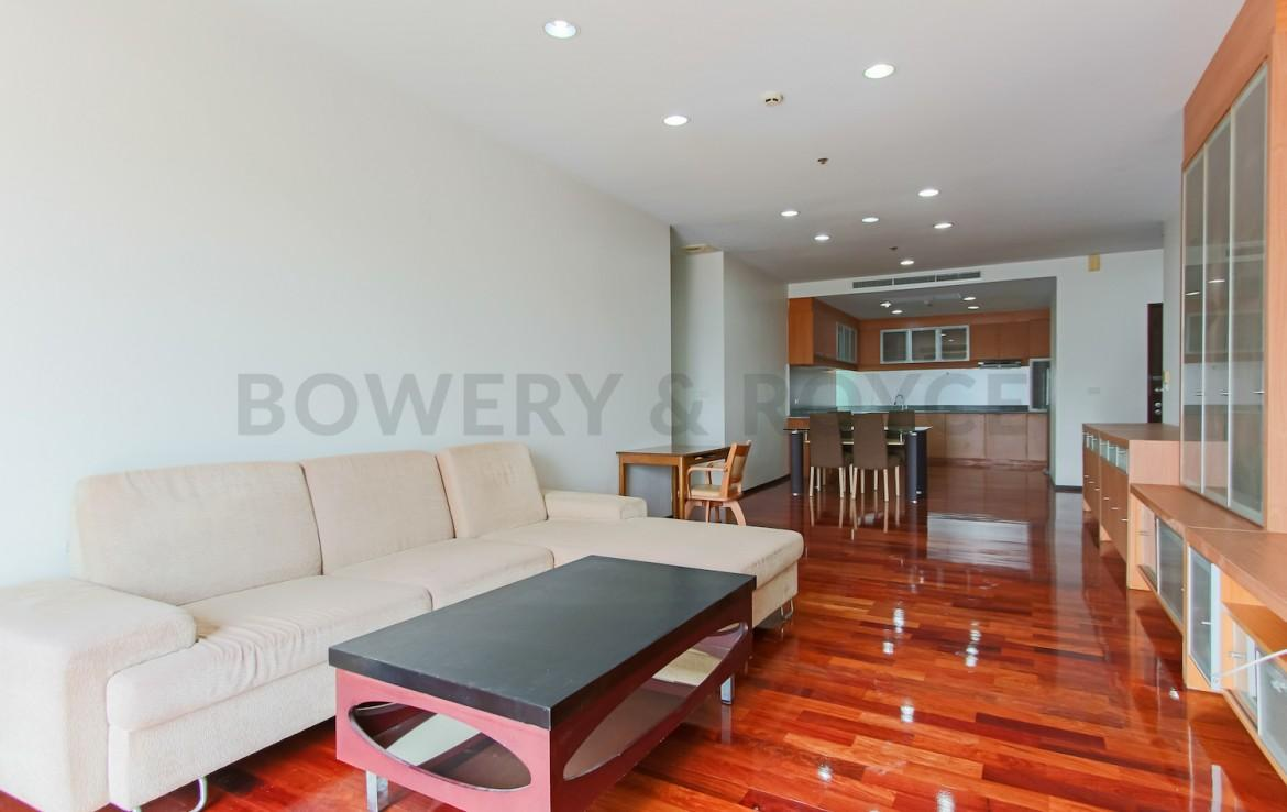 Spacious Two Bedroom Condo for Rent in Thong Lor