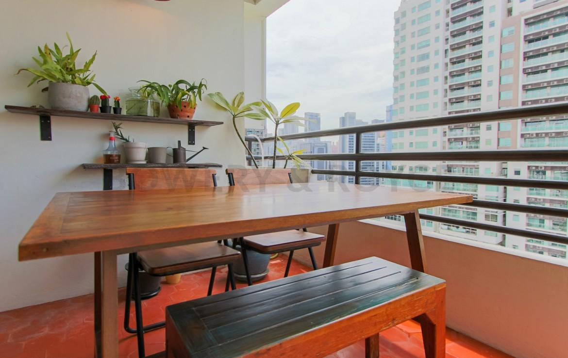 Lofty Style One Bedroom Plus Office Condo for Sale in Phrom Phong