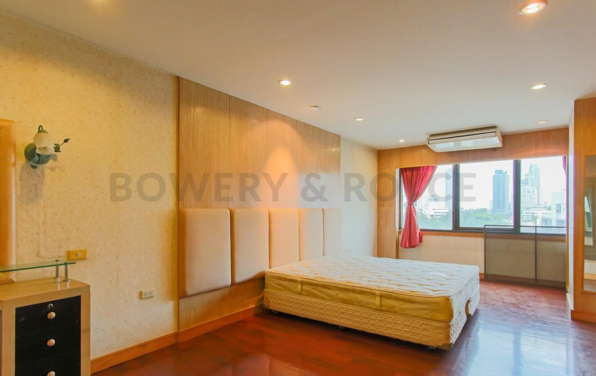 Affordable Three Bedroom Condo for Rent in Phrom Phong