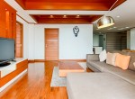 Great Location Three Bedroom Condo for Rent in Phrom Phong