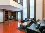 Large-Four-bedroom-townhouse-for-rent-in-Thonglor-2